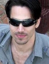 william from Qatar 38 y.o.