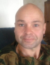 simon from New Zealand 54 y.o.